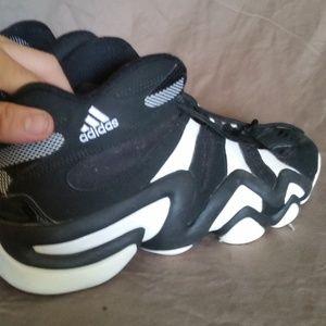 610516d99b8 adidas Shoes - EUC Men s adidas Crazy 8 Retro Basketball Shoes
